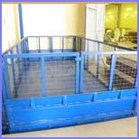 Распашные ворота на платформу подъемного стола